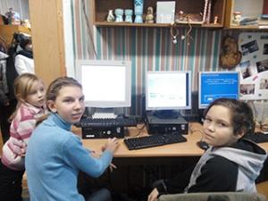 компьютерний-клас-для-дітей-інвалідів-у-центрі-профорієнтації-дітей-київ