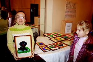 творчі-майстерні-в-центрі-професійної-орієнтації-для-дітей-інвалідів-київ-фото1