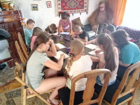 Центр-адаптації-дітей-Русанів-табір-заняття